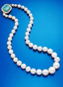 Marie Antoinette/Barbara Hutton Pearl Necklace