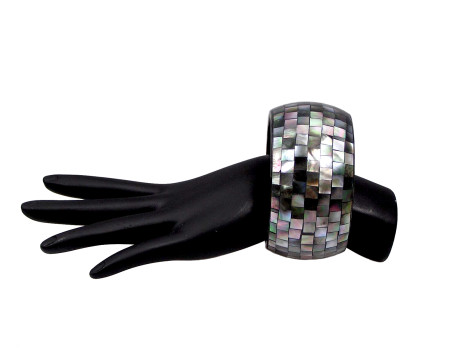 Black Lipped Oyster Shell Mosaic Bangle
